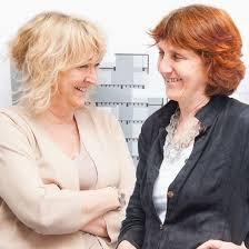 Premio Pritzker 2020 con perfil de mujer.