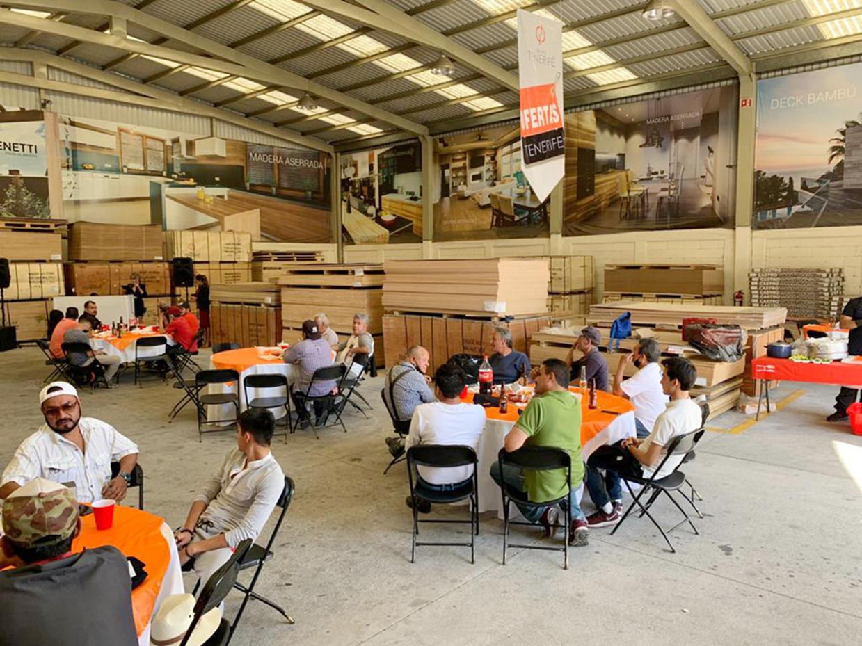 Grupo Tenerife Morelia festeja el Día del Carpintero