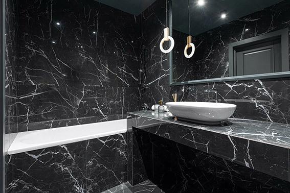 Cubiertas de mármol negro de Grupo Tenerife