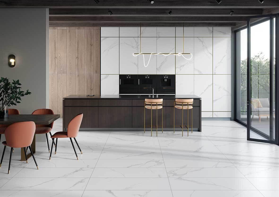 Cerámica tipo mármol: innovación en pisos